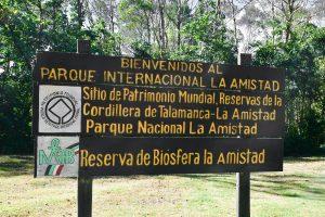 Letrero de Información y titulo del parque